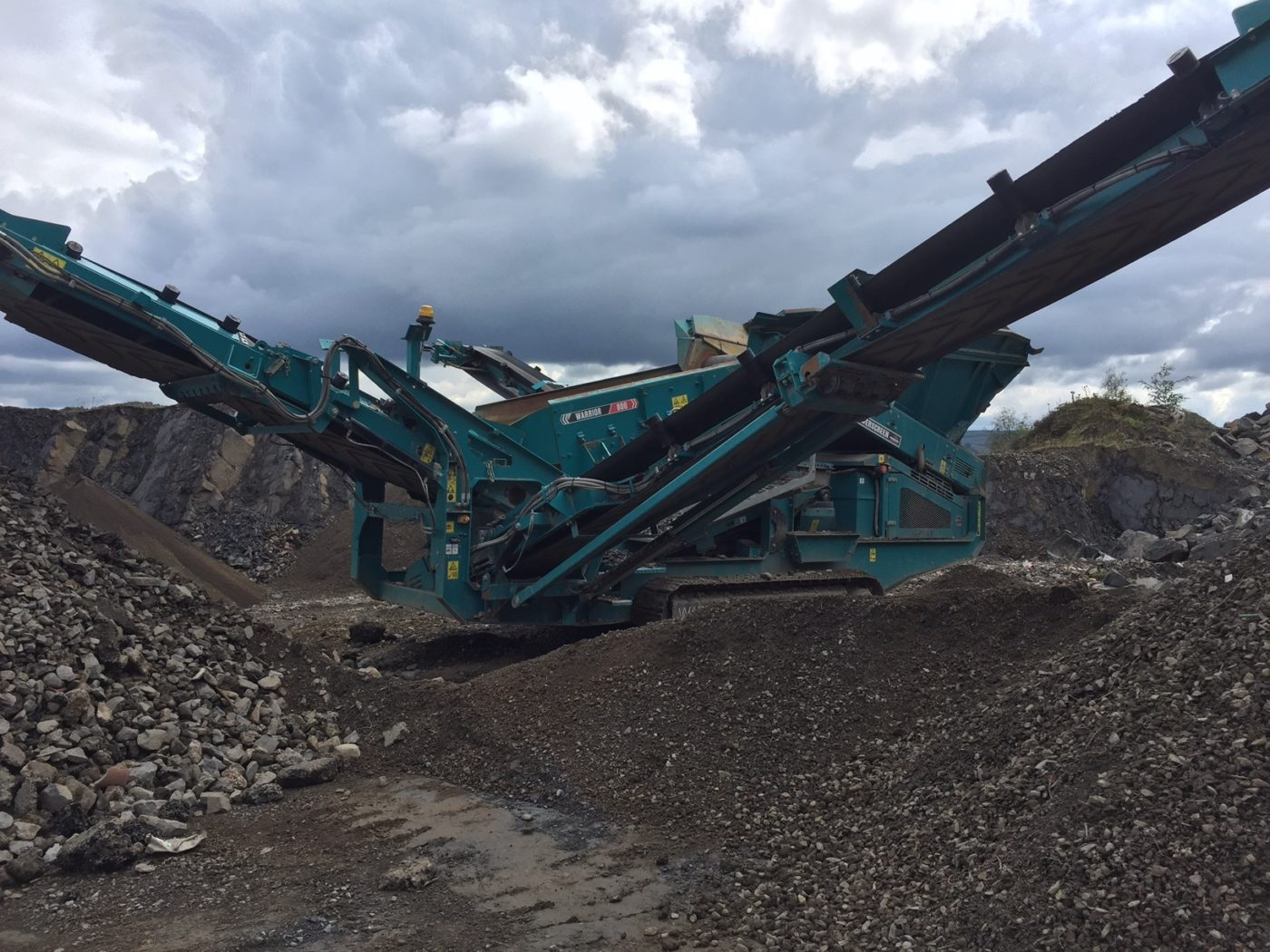 Powerscreen Warrior 800 - Trade Balers