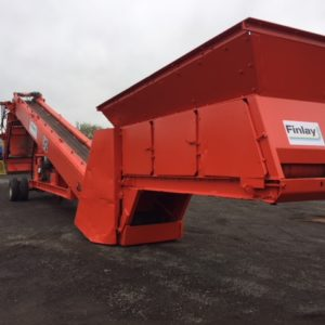 Finlay 312 Screener & Stockpiler